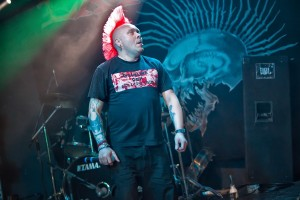 The Exploited, Dezerter, Psy Wojny